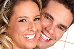 Smile makeover clinic in delhi, smile makeover in delhi, Smile design dental clinic in Delhi