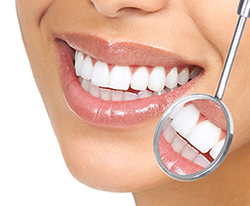 Smile design dental clinic in Delhi, smile design in Delhi, cosmetic smile designing Delhi